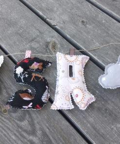 guirlande prénom avec lettres en tissu Lisa