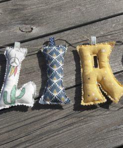guirlande prénom avec lettres en tissu Elias