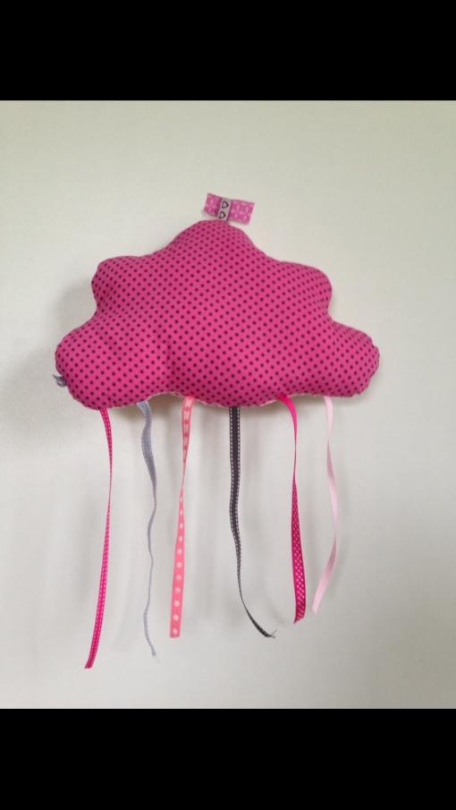 Coussin en tissu personnalisé fait main en forme de nuage avec des rubans
