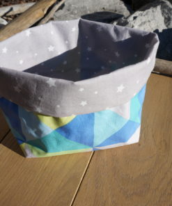 Panier de rangement en tissu enduit à Pau