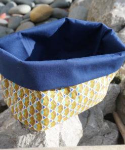 Panier en tissu imperméable fait main à Pau