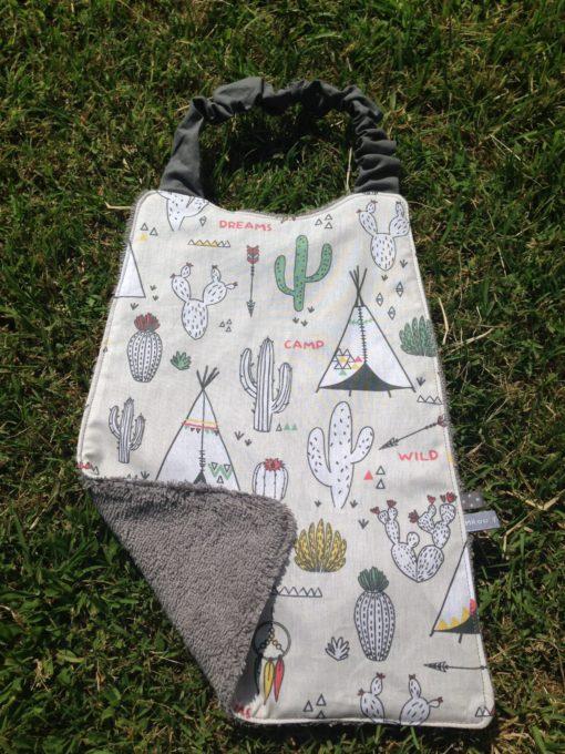 Serviette élastique en éponge et tissu motif cactus