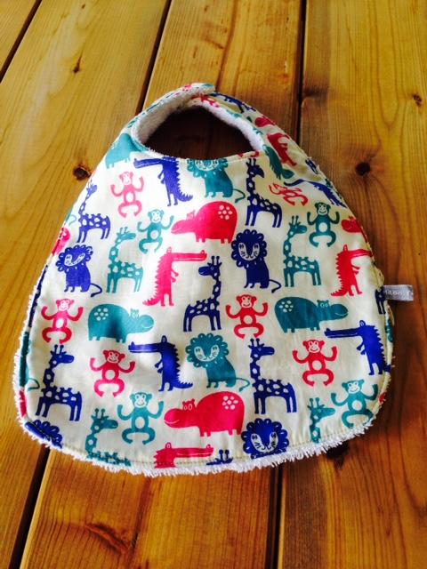Serviette enfant dès 12 mois en coton et éponge
