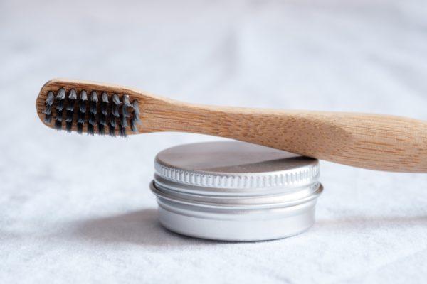 brosse à dents en bambou solution zéro déchet et durable