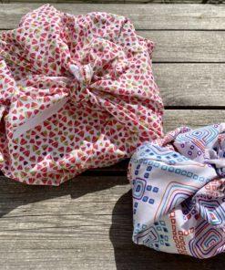 furoshiki pour emballer des cadeaux ou des objets