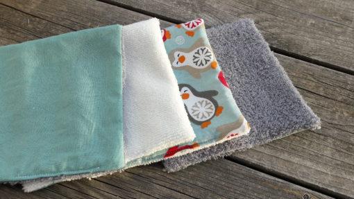 lingettes nettoyantes motifs bleu pour bébé